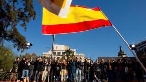 En imágenes, la segunda jornada de la campaña en Cataluña marcada por el aniversario de la Constitución