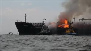 Un buque con 167.000 barriles de combustible se incendia en el Golfo de México