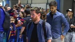 El Barça desata la locura a su llegada a Valencia