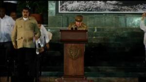 Raúl Castro jura defender la revolución en el homenaje a Fidel en Santiago de Cuba