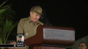 Raúl Castro se despide de Fidel y jura defender su legado