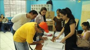 Victoria insuficiente del candidato oficialista ecuatoriano Lenín Moreno