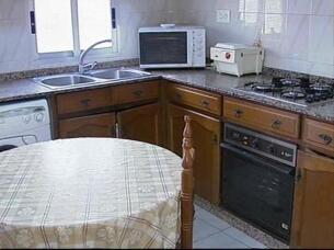 una inmobiliaria valenciana lanza una oferta de dos pisos por uno para combatir la crisis
