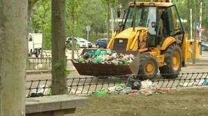 La fiesta de 'San Cemento' deja la Complutense inundada de basura