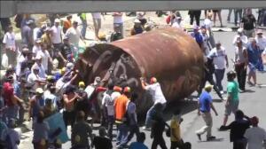 Miles de personas protestas en las principales vías de Venezuela