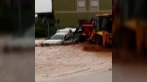 Las inundaciones han obligado a suspender las clases en Minglanilla