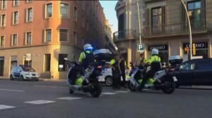 Las Ramblas, vacía y acordonada por la policía
