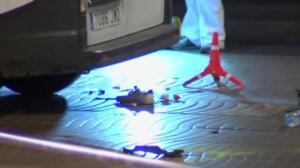 La Policía Científica revisa la furgoneta y la zona del atentado para avanzar en la investigación