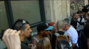 Tensión entre manifestantes fascistas y antifascistas