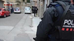 Registros en varios de los pisos de Ripoll donde vivían los presuntos terroristas