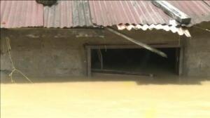 Espectaculares inundaciones en Chocó obligan a evacuar a 800 familias colombianas