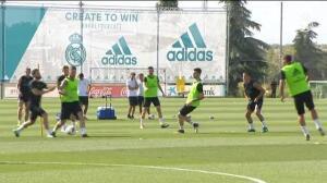 El Real Madrid prepara el trofeo Santiago Bernabéu
