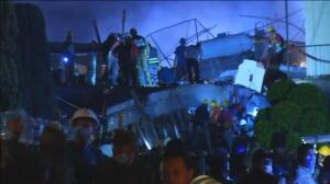 Al menos 20 niños y 2 profesores muertos tras derrumbarse una escuela en el sur de México