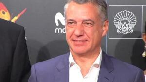Urkullu acude a la proyección de 'Handia' en el Festival de Cine de San Sebastián