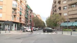 Arranca la instalación de las placas de 51 calles con nuevos nombres en Valencia