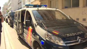 Policia Nacional abandona Pineda del Mar (Barcelona)