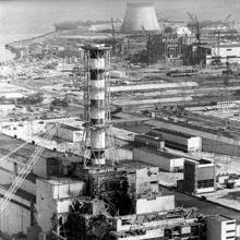 La central nuclear de Chernóbil dos semanas después de la explosión, el 12 de mayo de 1986 (REUTERS)